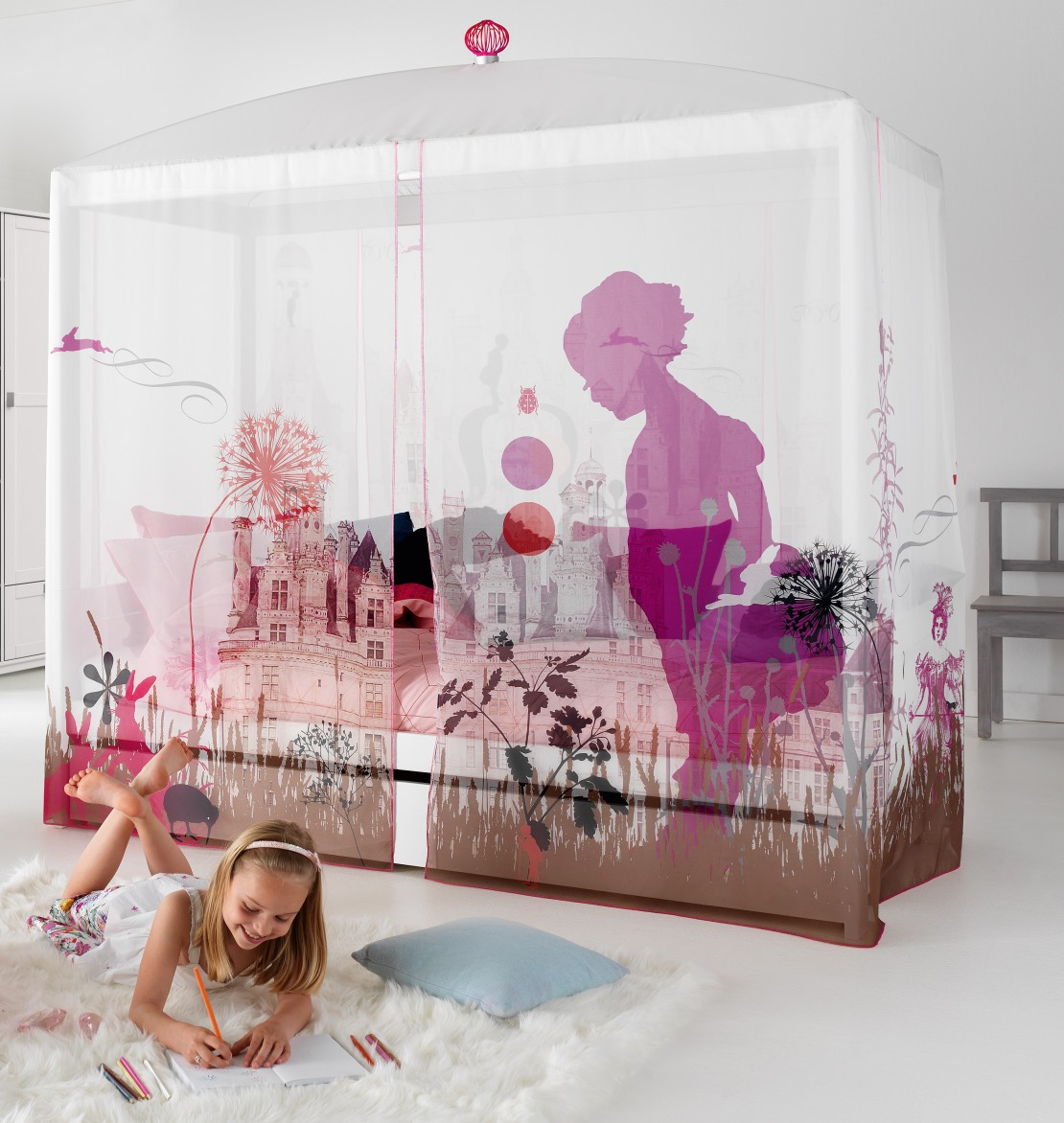 Nordica Flower letto baldacchino per bambine Belvi camerette Torino