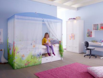 Nordica Spring letto baldacchino per bambine Belvi camerette Torino