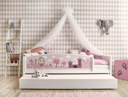 Nordica Tema Little princess letto baldacchino per bambine Belvi camerette Torino