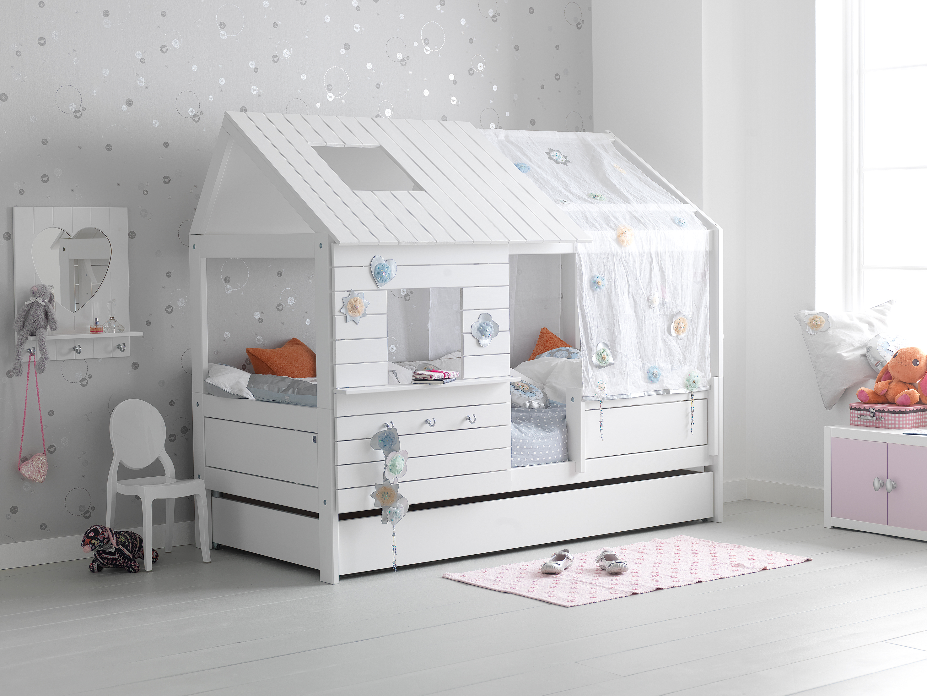nordica casetta cameretta bambine belv torino. Black Bedroom Furniture Sets. Home Design Ideas