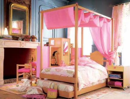 Progetto princess letto baldacchino per bambine Belvi camerette Torino